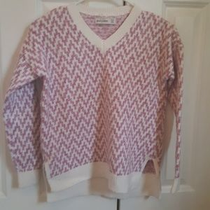 Girls Abercrombie sweater.   Size 11/12.